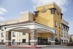 Country Inn & Suites by Radisson, Dixon, CA - UC Davis Area