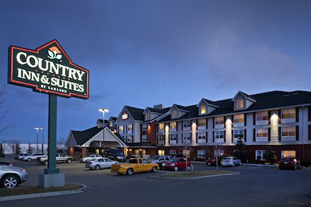 Located 12 km from Calgary Airport