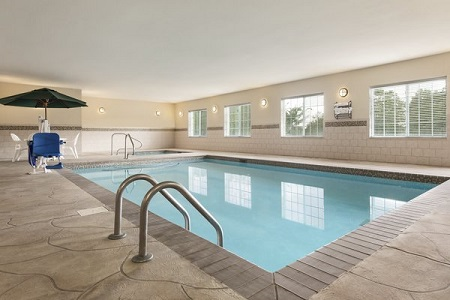 Rectangular indoor pool and whirlpool tub