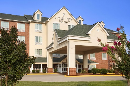 Exterior Of The Country Inn Suites Conway