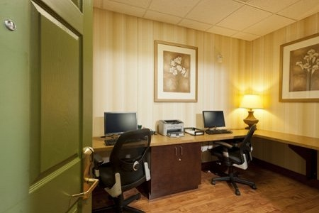 Business Center with Great Amenities
