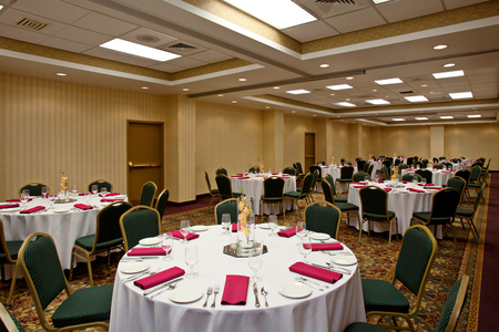Banquet settings in San Diego meeting space