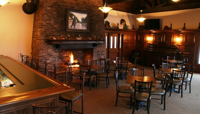 High Timber Lounge in Chanhassen includes a fireplace