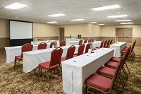 Fargo, ND meeting space with classroom-style setup