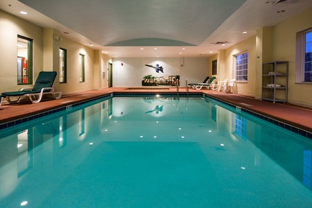 Indoor pool at the Country Inn & Suites, Pensacola