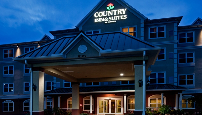 Welcome to Country Inn & Suites