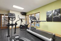 Dalton hotel's fitness center with cardio equipment