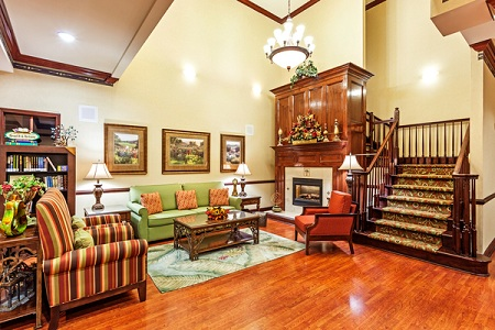 Hotel's Comfortable Lobby in Hinesville