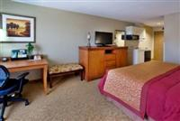 Hotel Rooms and Suites in Hinesville, GA