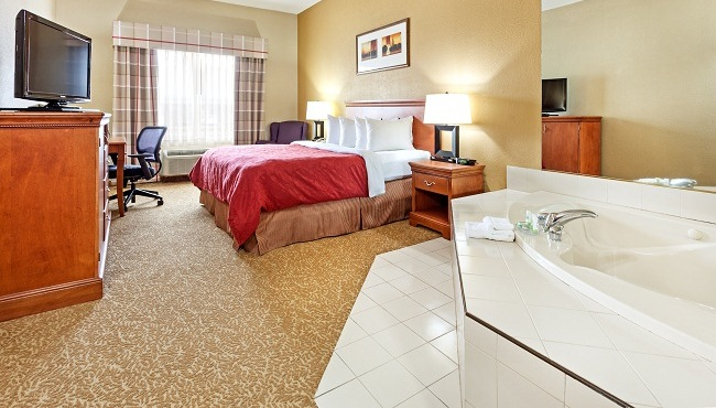 Hotel Rooms in Hinesville, GA