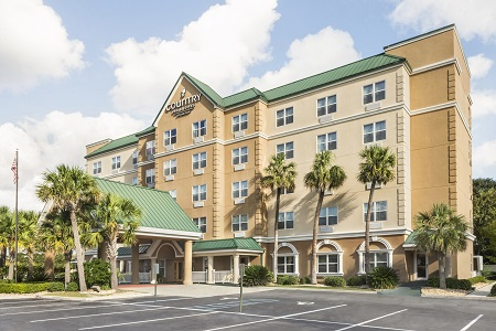 Hotel exterior of the Country Inn & Suites, Valdosta, GA