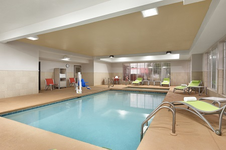 Warner Robins hotel's indoor pool with handicap accessible lift