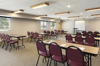 Classroom-style seating in Cedar Rapids meeting room