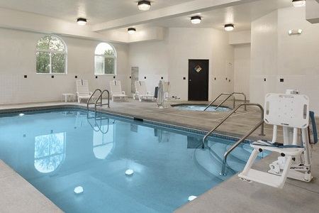 Indoor pool and hot tub at hotel in Cedar Rapids