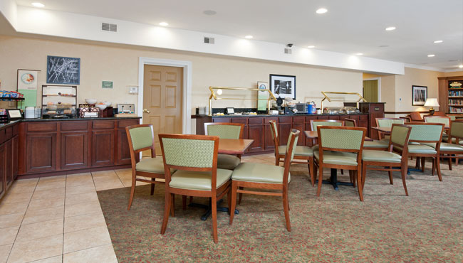 Country Inn & Suites Champaign Complimentary Breakfast