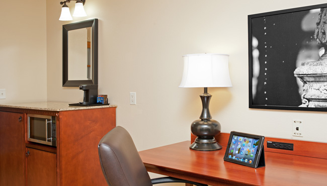 Country Inn & Suites Champaign Suite Work Desk