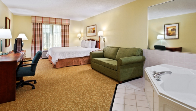 Elgin Il Hotel Rooms Country Inn Amp Suites Rooms