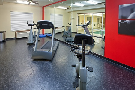 Galesburg hotel's fitness center with treadmill and more