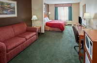 Hotel Rooms and Suites near Chicago O'Hare Airport