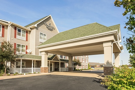 Country Inn & Suites, Peoria North hotel exterior