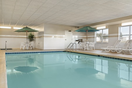 Peoria Hotels Near Grand Prairie Country Inn Suites