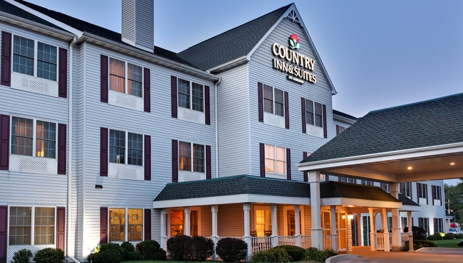 Country Inn & Suites Rock Falls, IL