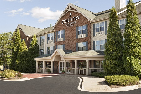 Exterior of Country Inn & Suites, Sycamore, IL
