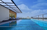Bengaluru hotel's sparkling rooftop pool