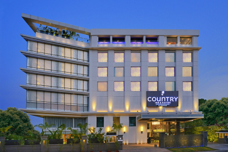 Exterior of the Country Inn & Suites, Manipal