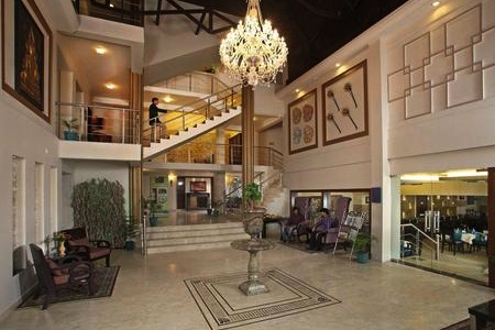 Lobby at the Country Inn & Suites, Mussoorie