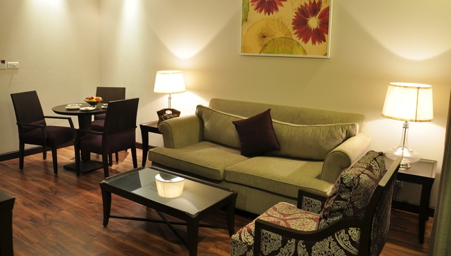 Executive Suite Drawing Room