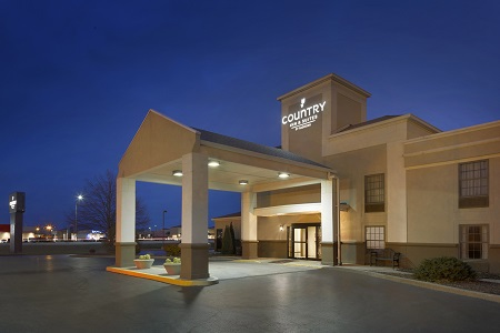 Country Inn & Suites, Greenfield hotel exterior