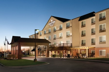 Country Inn & Suites, Indianapolis Airport South exterior