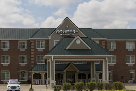 Country Inn & Suites, Valparaiso, IN hotel exterior