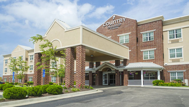 Welcome to Country Inn & Suites Kansas City