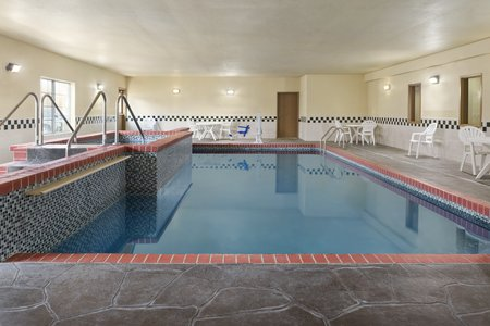 Topeka hotel's indoor pool and hot tub