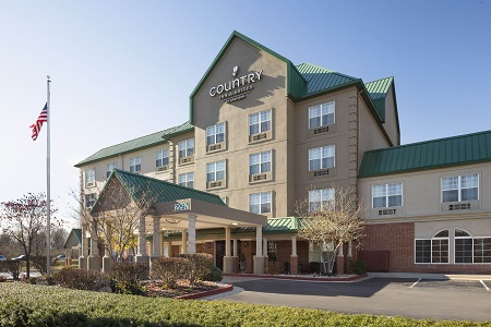 Exterior of the Country Inn & Suites, Lexington, KY