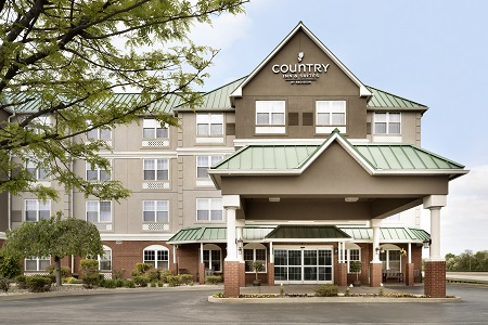 Exterior of the Country Inn & Suites, Louisville East, KY