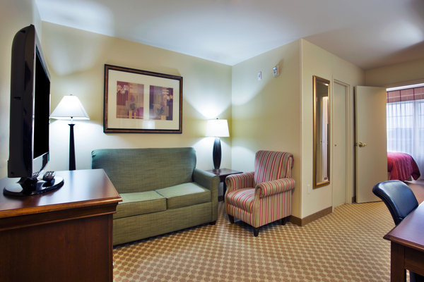 Suite with King or Two Queen Beds