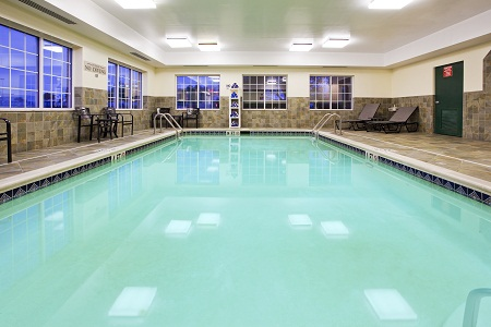 Hagerstown, MD hotel's indoor pool