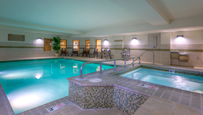 Heated Pool and Whirlpool Tub