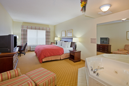 Whirlpool Suite at Iron Mountain hotel