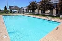 Saginaw hotel's sparkling outdoor pool