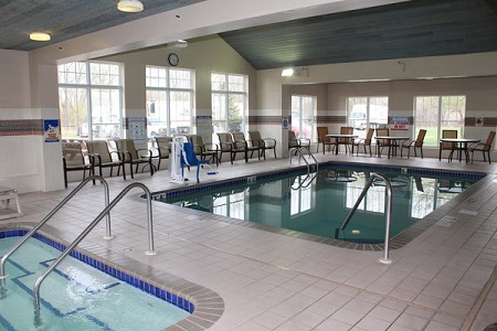 Indoor Pool And Hot Tub At The Country Inn Suites Brooklyn Center