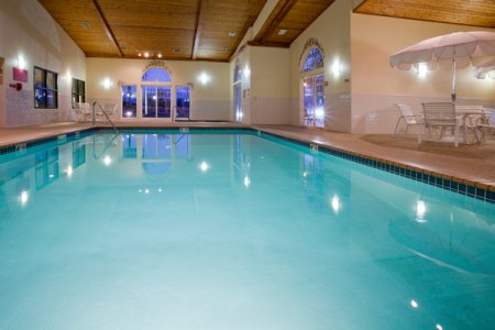 Indoor pool at Cottage Grove hotel