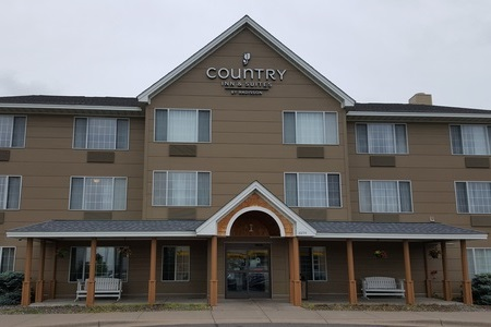 Country Inn & Suites, Elk River, MN hotel exterior