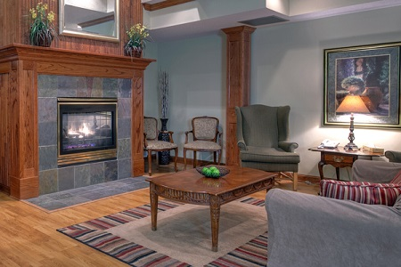 Forest Lake hotel lobby features fireplace