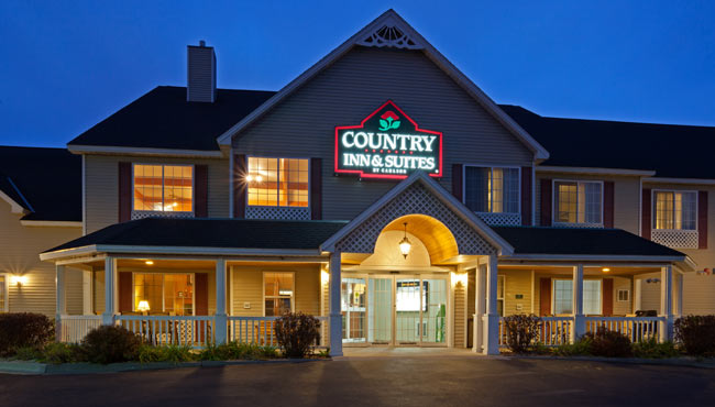 Country Inns & Suites of Little Falls MN