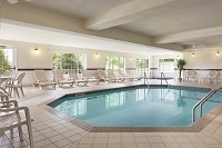 Mankato hotel's indoor pool