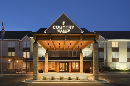 Country Inn & Suites, Minneapolis West, MN hotel exterior